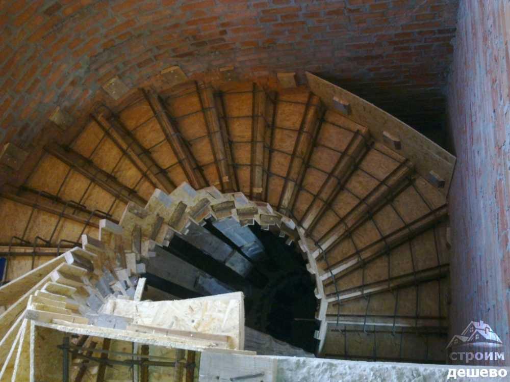 v bakovke - лестница в баковке