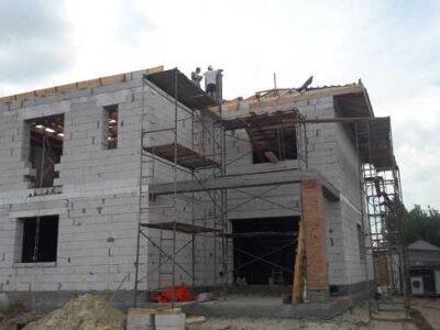 строительство коттеджа недорого